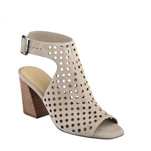 Marc Fisher Berdie Perforated Block Heel size 9.5